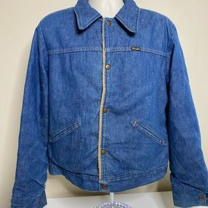 Vintage wrangler denim jacket size large